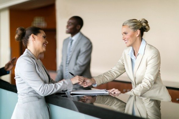 Hotel Receptionist & Opera PMS Training Hotel Software Interactive Opera PMS